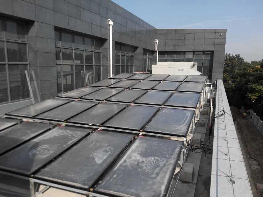 平板太阳能热水工程_上海社区中心热水系统