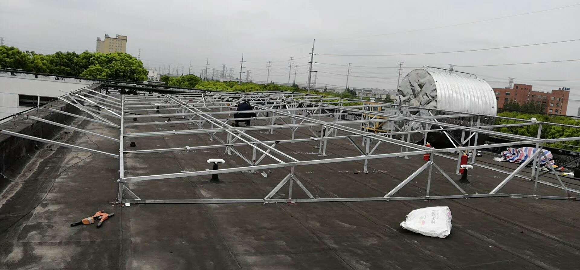 太阳能工程现场安装图