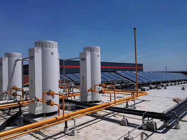 太阳能容积式燃气热水器系统
